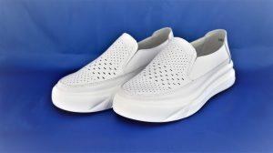 Moteriški storapadžiai lengvi balti odiniai bateliai